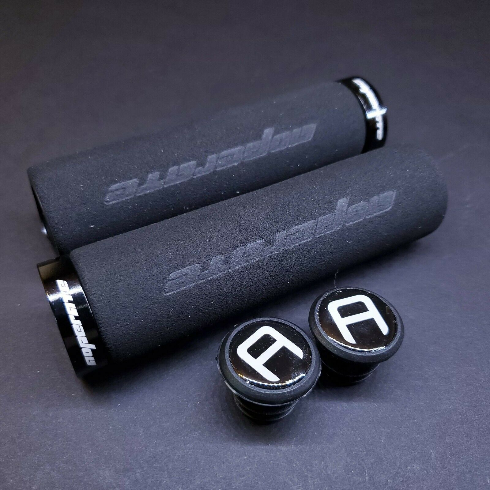 Answer Fall Line DH Grips Black//Silver Anodized