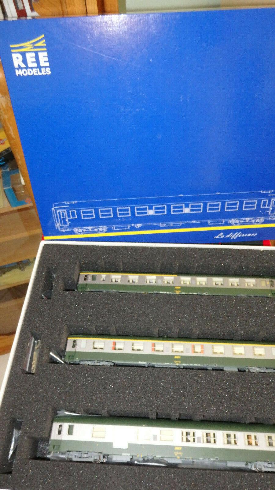 Ree Modelles VB-099 Set Mixta 1 2 CL, 2a Clase   Maletero Librea C160 Grün 302
