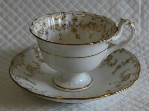 c1840 Early Victorian John Ridgway 8725 Split Handle Tea Cup & Saucer
