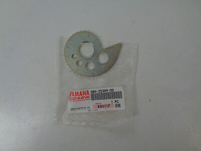 Yamaha DT125 200 TT250 Kettenspanner Hinterrad rechts Chain Puller 3BN-25389-00
