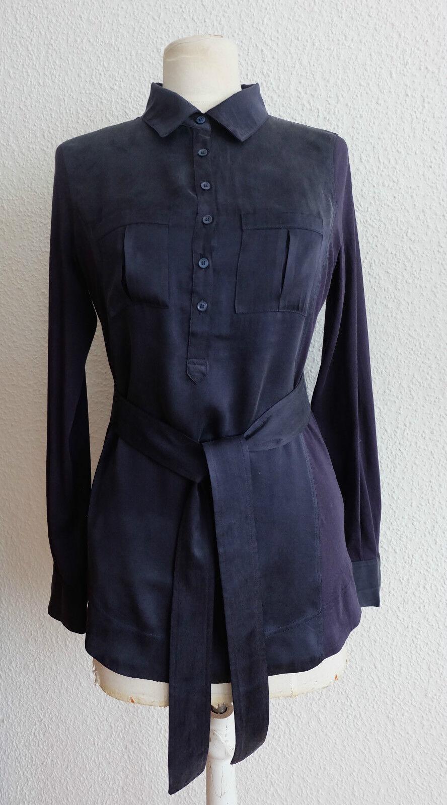 COMPTOIR DES COTONNIER Nachtblaue Seiden Blause mit Krawatte, Gürtel, Hemdkragen