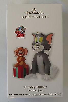 Hallmark 2012 Tom And Jerry Holiday Hijinks Cartoon Christmas Keepsake Ornament
