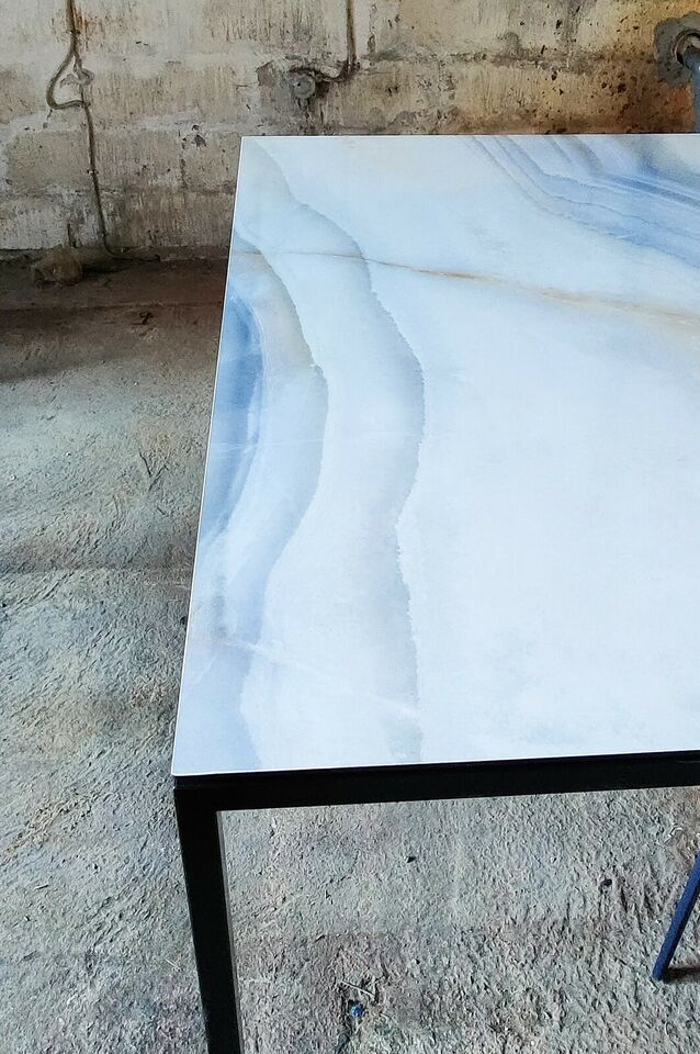 Spisebord, Metal / Keramisk bordplade, RN Design
