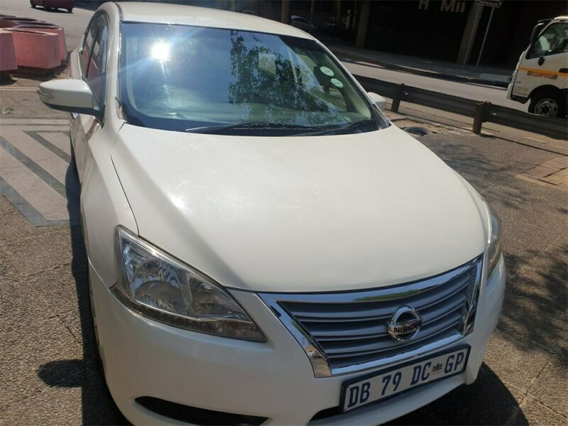 2014 Nissan Sentra 1.6 Acenta, White with 112000km available now!