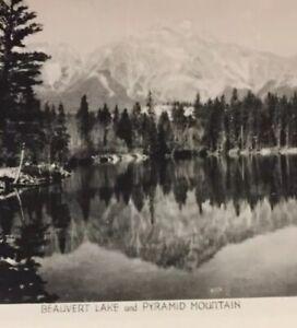 Postcard-Beauvert-Lake-Pyramid-Mountain-Canada-Vintage-P30