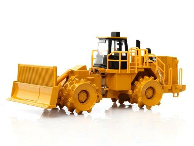 NORSCOT CAT 836 H décharge COMPACTEUR CATERPILLAR 1 50 Scale Diecast 55205 New
