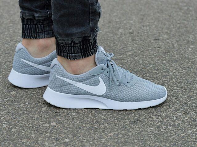 Nike Tanjun Running 812654-010 Wolf