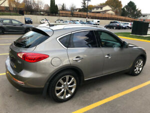 LUXURY 2010 INFINITI EX35 AWD IN GREAT CONDITION.