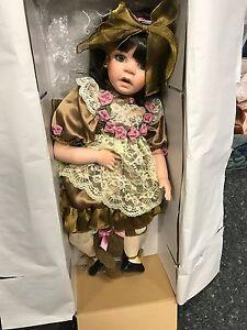 Amy Burgess Artist Doll Poupée De Porcelaine 65 Cm.   Top condition