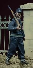 D-Day Miniature 1/35 Hitlerjugend Boy No.2 in Germany 1945 (1 Figure)