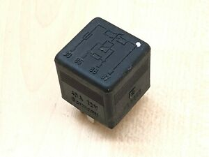 Details about MERCEDES AUXILIARY FAN BLACK RELAY 0015426819 W124 W126 R129  W140 W201 W202