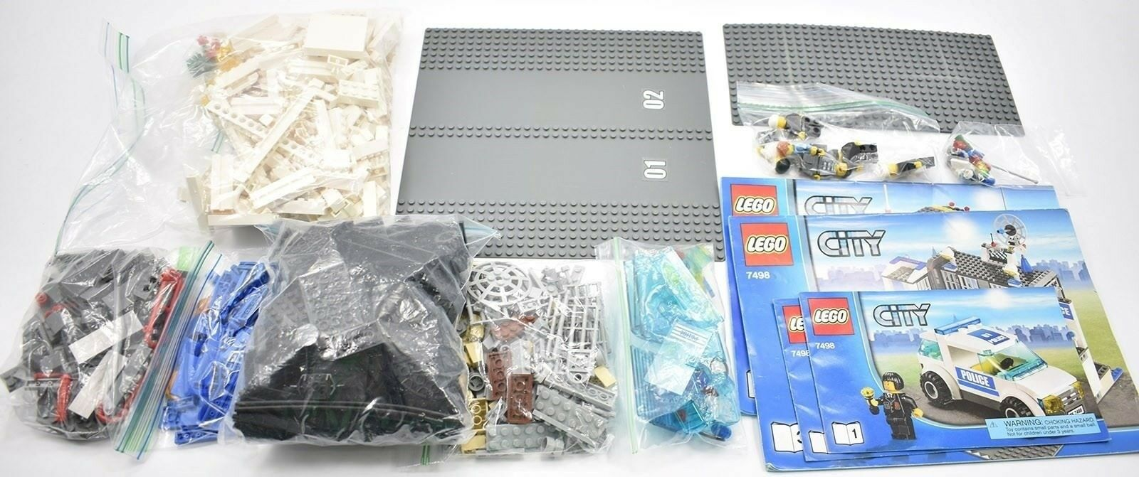 Lego City Police Station  7498 100% Complete With Instructions 2011