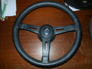 Lancia-Delta-HF-integrale-volante-steering-wheel-completo-di-mozzo-e-pulsante