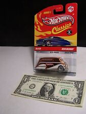 Hot Wheels Classics Gold Deco Delivery #19 Series 5 M/M Spectraflame  2009