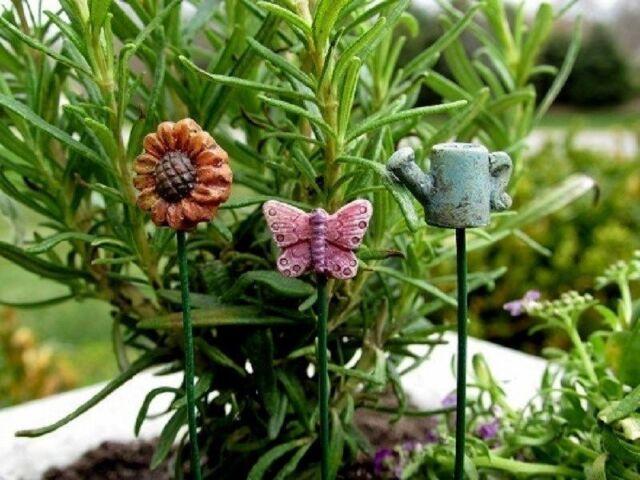 Accessories Miniature Dollhouse FAIRY GARDEN Butterfly Picks Set of 3
