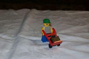 à Condition De Lego Main Rouge Camion/chariot Part No 2495 Avec Figurine Et Noir Valise-afficher Le Titre D'origine Par Processus Scientifique