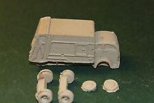 HO SCALE TRUCK-1950 WHITE C.O.E.  GARBAGE TRUCK