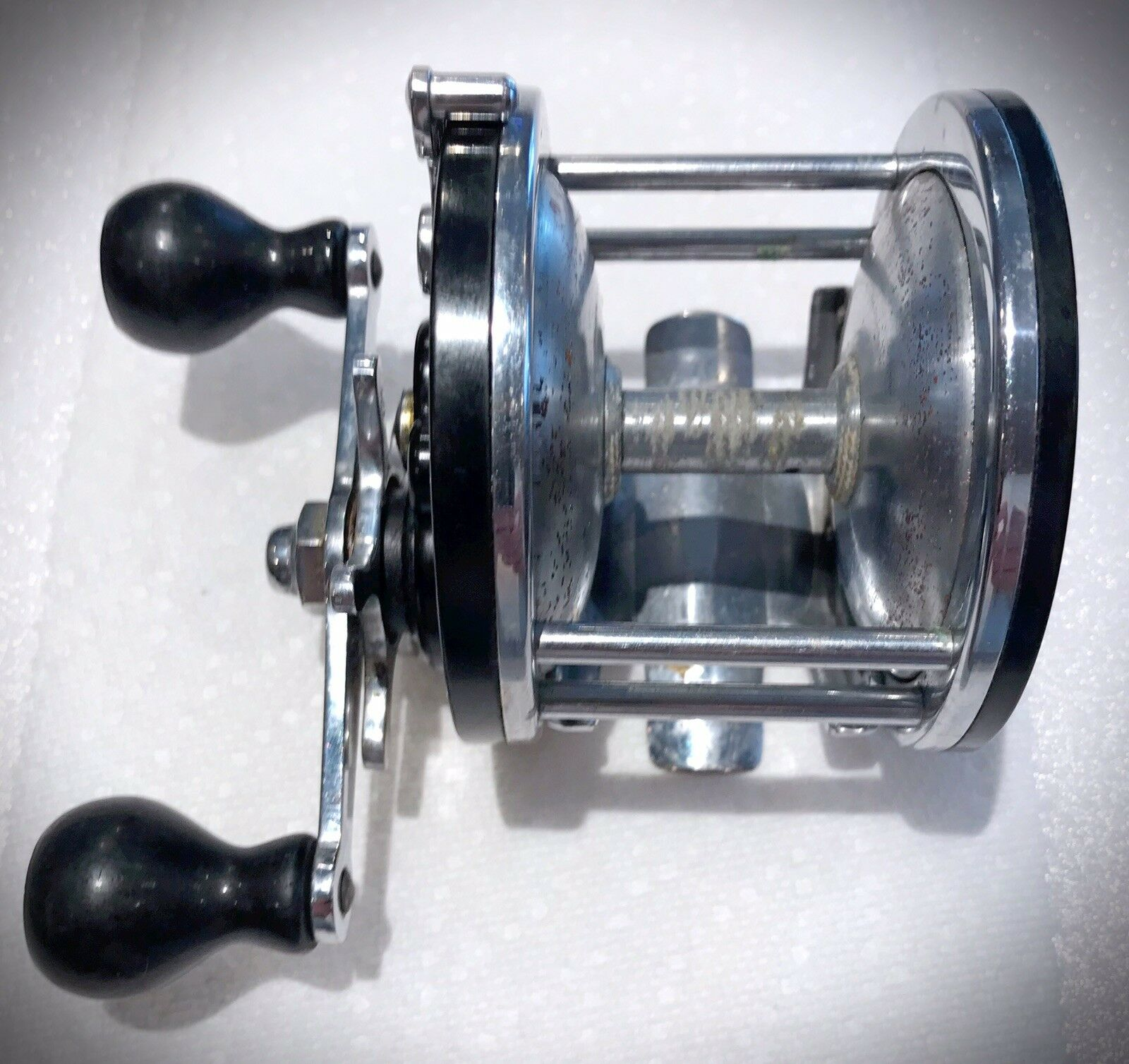 "Rare Collector Vintage Yale Metal Products ""Sea King"" Fishing Reel - USA"