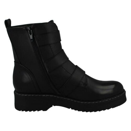 Details about  /LADIES SPOT ON CASUAL WINTER ZIP UP LOW BLOCK HEELED BIKER ANKLE BOOTS F5R1069