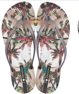 a66c436742587b Ipanema Women`s Flip Flops Wave Vista Sandal Beige   Smoke Brazilian ...