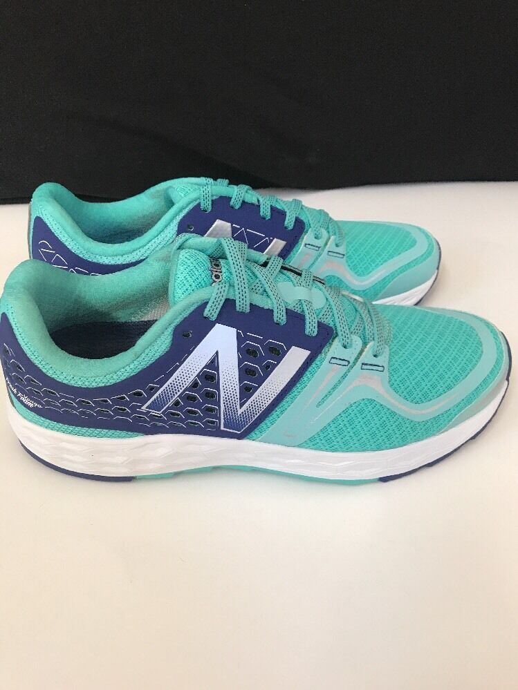 New balance womens WVNGOBY SIZE 10.5