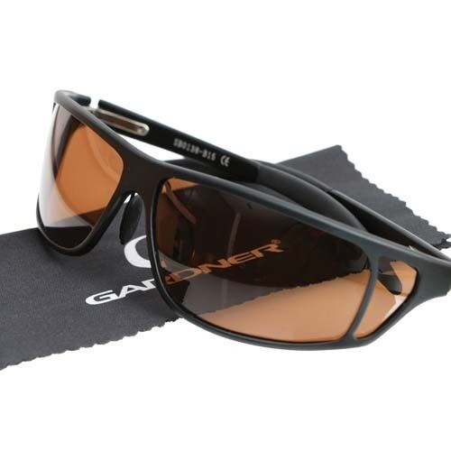 0418d5250d New Gardner Tackle Deluxe Polarised Sunglasses UV400 - Carp Pike Coarse  Fishing