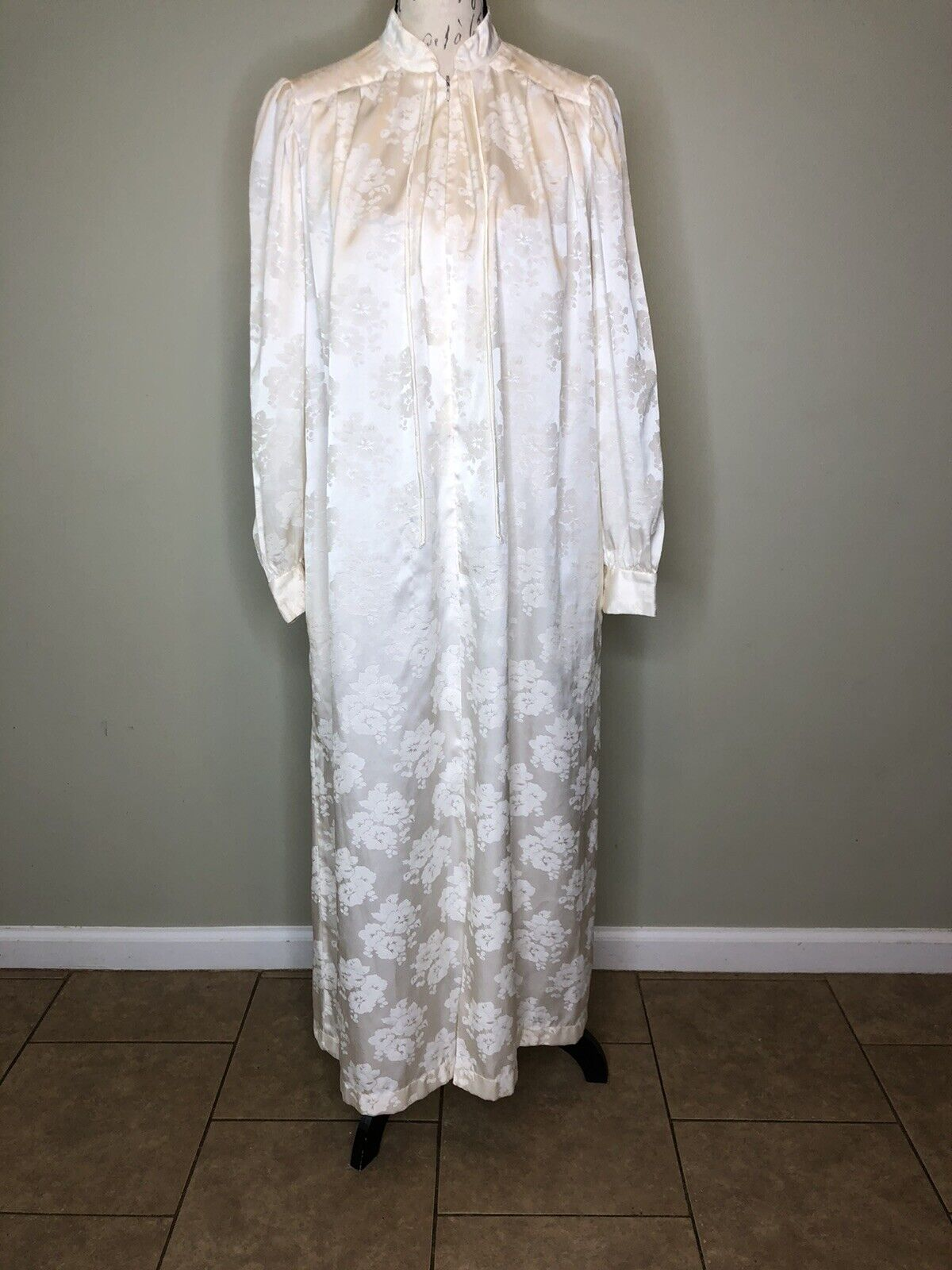 Vintage 1970s Christian Dior Loungewear White Nightgown Dress zip Union Made