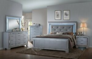 Crown Mark Lillian Luxury Silver Crocodile Skin Queen Bedroom QB/D/M/2NS