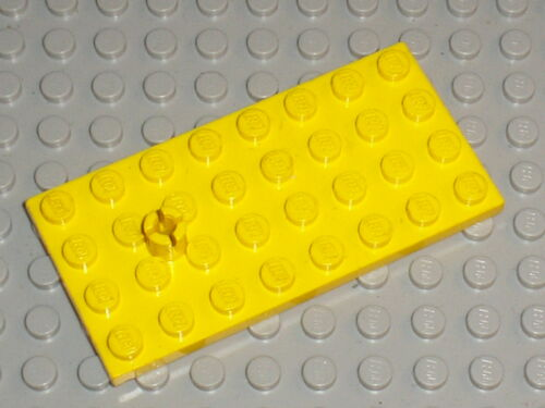 LEGO VINTAGE Yellow plate with Helicopter Rotor Holder 967 Set 682 621 647 694