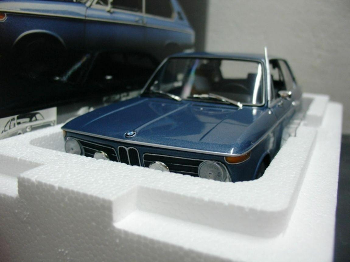 WOW estremamente raro BMW E10 2000tii Touring 1971 Blue 1:18 Minichamps-AUTO Art/GT