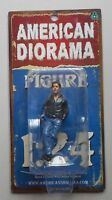 James Hanging Out American Diorama 1:24 Scale Figurine Male Man 3 Figure