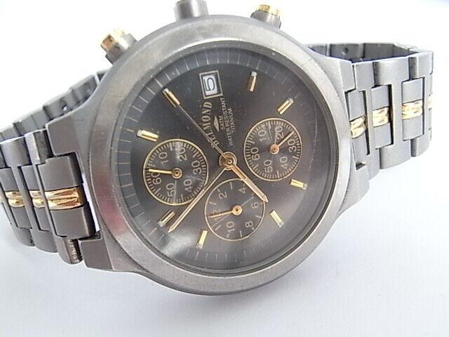 Herren Armbanduhr Chronograph Titan 5 Atm 2 Farbe
