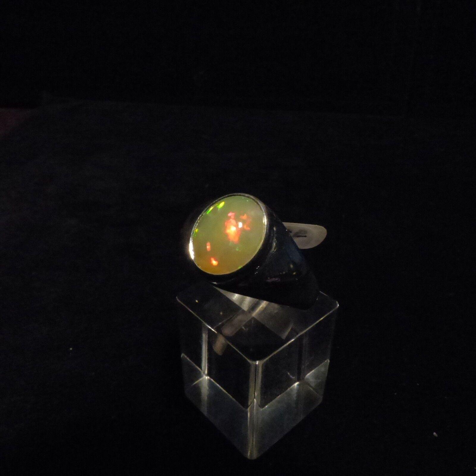 Ring Gr.63 Gr.63 Gr.63  argento 925 mit einem Opal Cabochon aus Äthiopien b6a70a