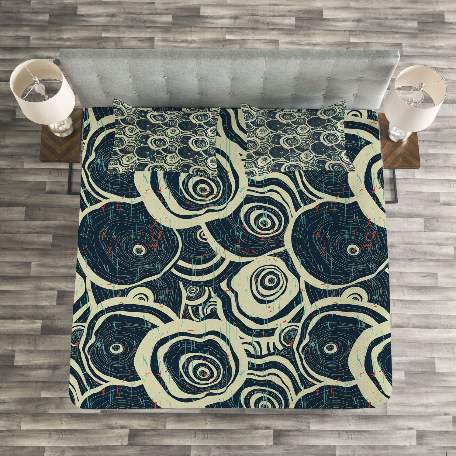 Grunge Quilted Bedspread & Pillow Shams Set, Circles of the Tree Print