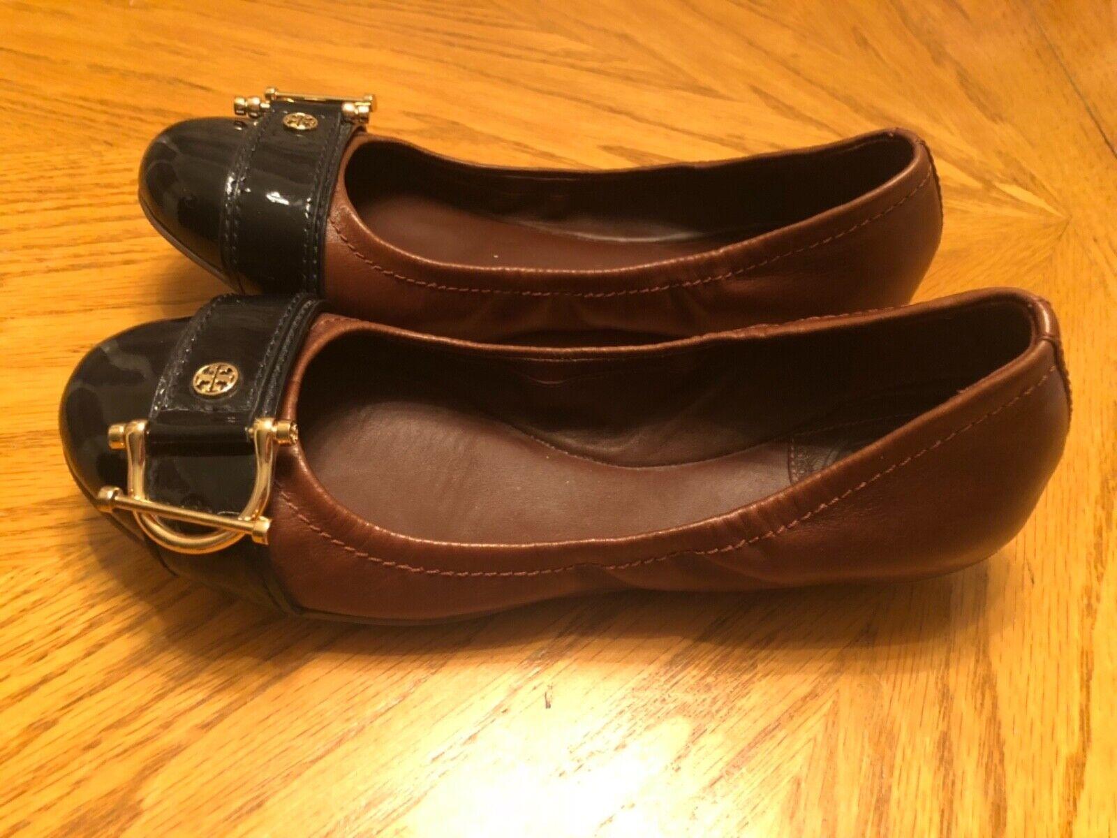 Zapatos Ballerina Zapatos de tacón Tory Burch Marrón y y y Negro de cuero con correa de oro talla 7.5M  la mejor oferta de tienda online