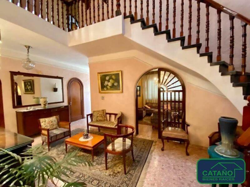 Alfonso Reyes, casa en venta