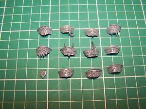Adroit Chaos Space Marine Blightlord Terminators épaulettes (bits)-afficher Le Titre D'origine Distinctive Pour Ses PropriéTéS Traditionnelles