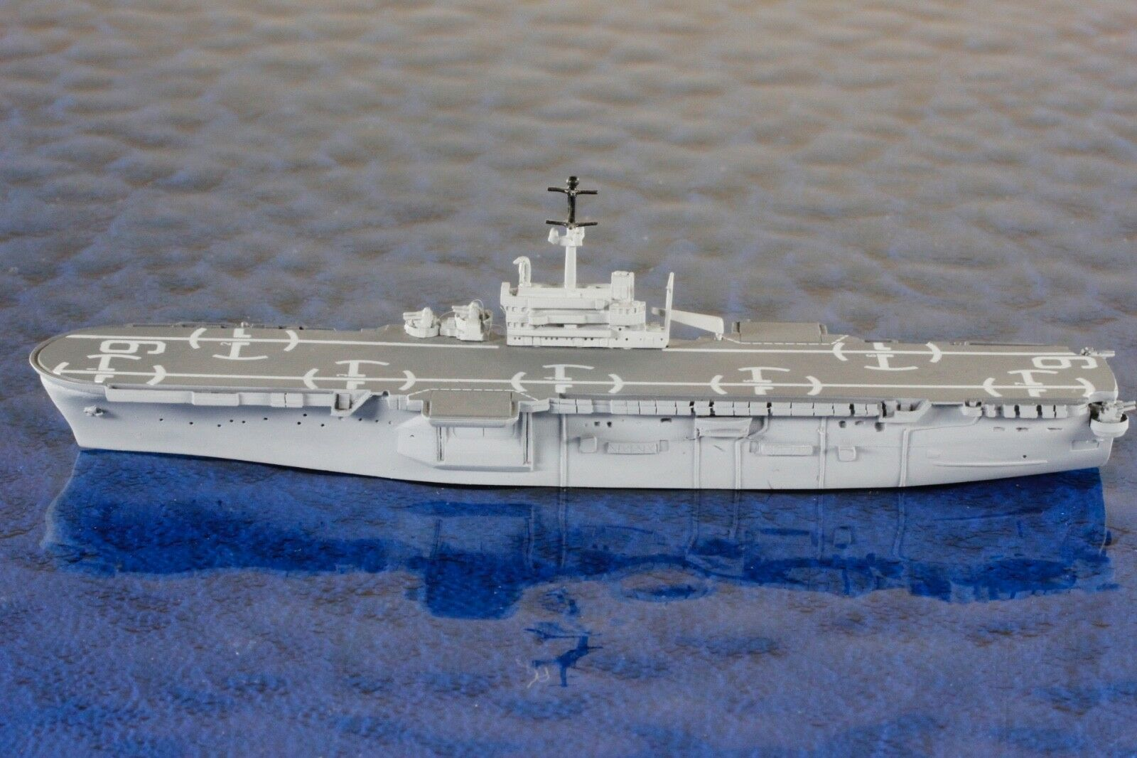 USS GUAM LPH 9 fabricants Trident ALPHA 10050 a original, 1 1250 vaisseau Modèle