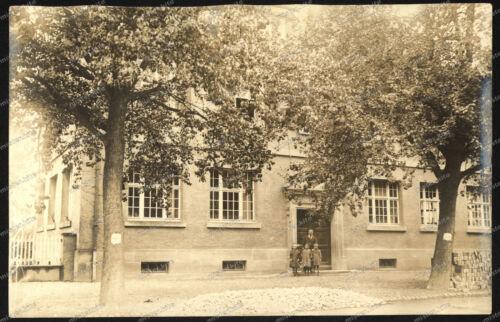 Foto-AK-Stuttgart-Schulhaus-Schul-Gebäude-Architektur-Schulklasse-3