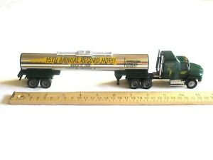 American-Cancer-Society-Tanker-Penjoy-Truck-Tractor-Trailer-Mack-CH-600-Daffodil