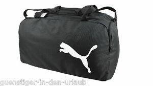 d11bc1b66942c Das Bild wird geladen Puma-Sporttasche-Tasche-Reisetasche-Fussballtasche- schwarz-Groesse-M-