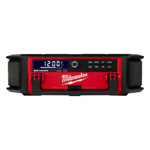Milwaukee-2950-20-M18-PACKOUT-Bluetooth-Radio-Speaker-with-Battery-Charger