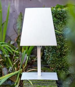 LED-Solar-Tischlampe-Aussenlampe-Gacoli-Manhattan-No-2-Table-white-IP44