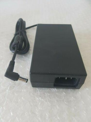 FSP060-DIBAN2-9NA06053C3 FSC Group Netzteil 100-240V 50//60Hz 12V 5A
