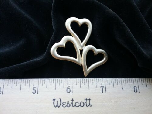Vintage shank Button metal gold color with 3 hearts together 1 7//8×1 7//8 inch