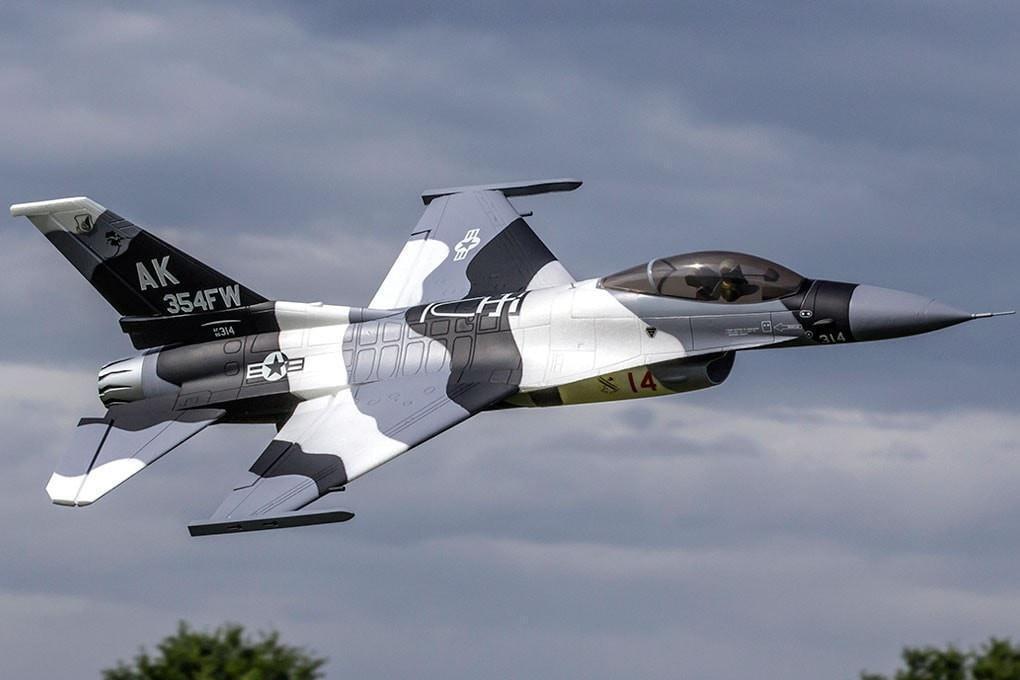 Freewing F-16 V2 6S-Pro Arctic Camo 70mm EDF Jet – PNP