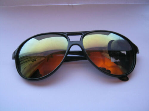 New Unisex Sunglasses with Black Frames /& Reflective Lens 4