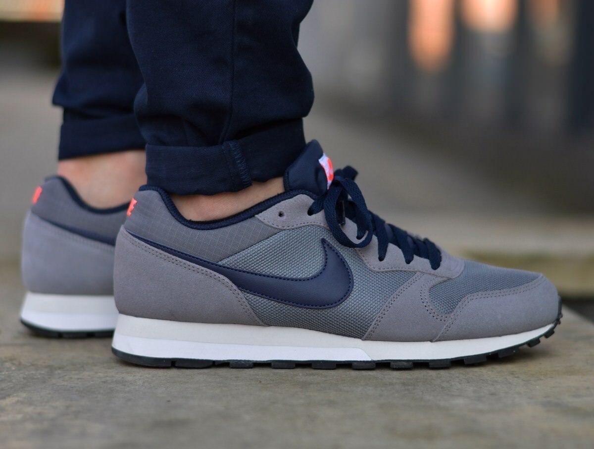 Nike MD Runner 2 749794-007 Men's Sneakers