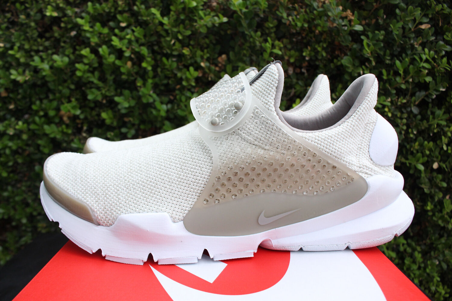 NIKE SOCK DART SE SZ 8 COBBLESTONE LIGHT OREWOOD TAN WHITE KHAKI 911404 100
