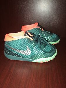 cheaper c351f bdf1e Image is loading Nike-Kyrie-1-Flytrap-shoes-Youth-Size-7C-